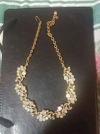 gold chain necklace with cross pendant Anderson, 96007