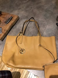 women's brown leather Michael Kors tote bag Pointe-Claire, H9R