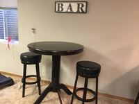 Round black wooden table with two chairs Antioch, 60002