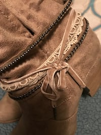 JellyPop ankle boots size 8.5 worn close to 3 times Bardstown, 40004