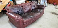 Leather couch Rogersville, 37857