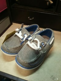 gray-and-blue low top sneakers Springfield