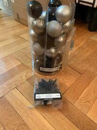 Black and Silver Christmas Ornaments New York, 10030