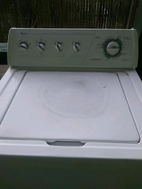 white top-load clothes washer Manchester, 03103
