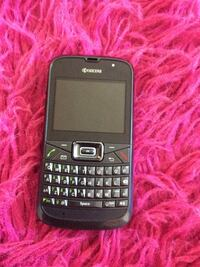black Kyocera qwerty phone Ashburn, 20147