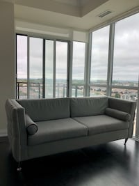 GREY BARELY USED COUCH Mississauga, L5B 0J7