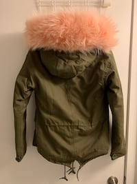 Big Fur Women Winter Jacket Sz Small