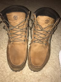Pair of brown timberland work boots 1086 mi