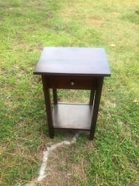 2 side tables Myrtle Beach, 29579