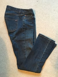 Women's TH Jeans size 6 Straight Ankeny