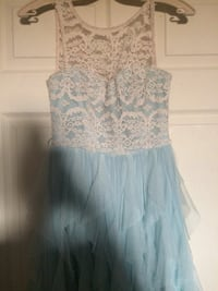 Le Château Lace Mint Green Dress Calgary, T1Y 2T9