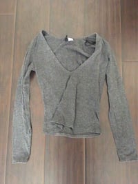 New grey long sleeve top size extra small.