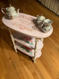 French country side table Oceanside, 11572