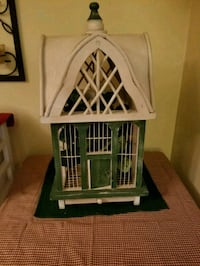 wooden birdcage  Freehold, 07728