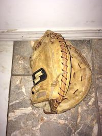 brown leather baseball mitten Rialto, 92376