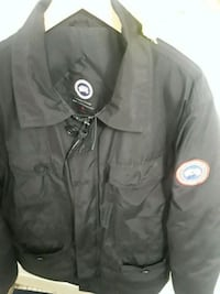 Black Canadian goose jacket with leather collar Toronto, M9R