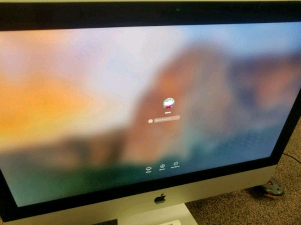 2011 iMac loaded with programs