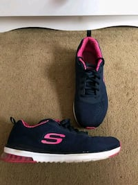 Navy blue-and-pink skech-Air shoes Apopka, 32703
