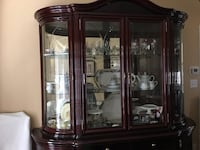 Beautiful Italian made China cabinet  Vaughan, L6A