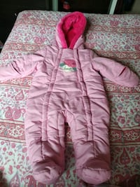 snow suit 3_6 months worn 3 times. like new Brampton, L6X 2T6