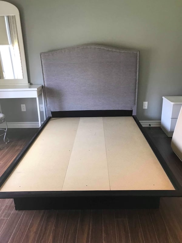 Platform bed and board 30dd8a88-68fc-446c-a4e9-a42907da0ac8