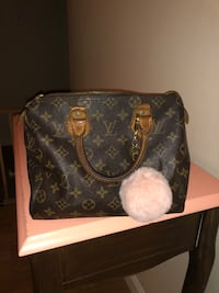 Authentic Louis Vuitton speedy 25  Rochester, 03867
