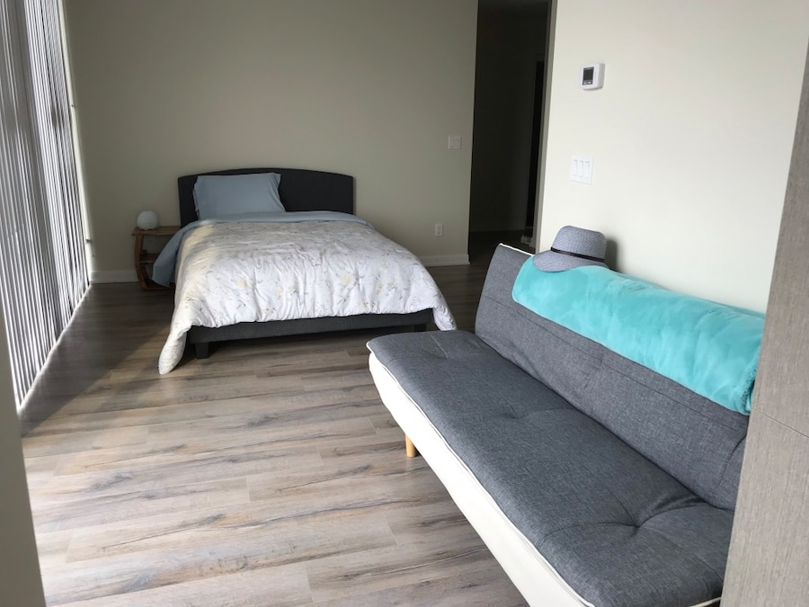 used mattress bed frame and sofa bed for sale in toronto letgo rh gb letgo com