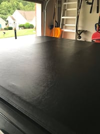 Truck bed cover  Knoxville, 37918