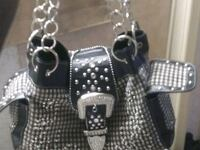 A beautiful beeaded black and silver purse Amarillo, 79109