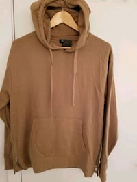 Forever 21 Men's hoodie in size small  Montréal, H4N 0B5