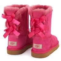 Ugg pink bailey bow boots Kitchener, N2M 1X4