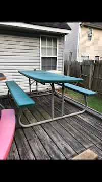 picnic table Mooresville, 28115
