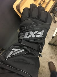 FXR waterproof gloves 3716 km