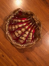 Blue mountain pottery/red and brown shell null