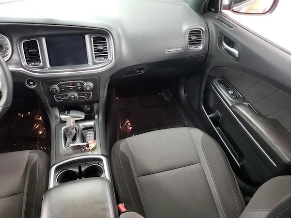 Dodge Charger 2018 8dbcac96-ede1-4b38-a93f-a8d04ceaa6ab
