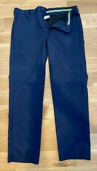 "Like new: mens 34/30 izod NAVY golf pants  STYLE "" Edmonton, T6X 1J9"
