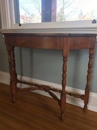 Console table early American design