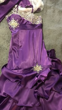 Prom dress size 6 Mississauga
