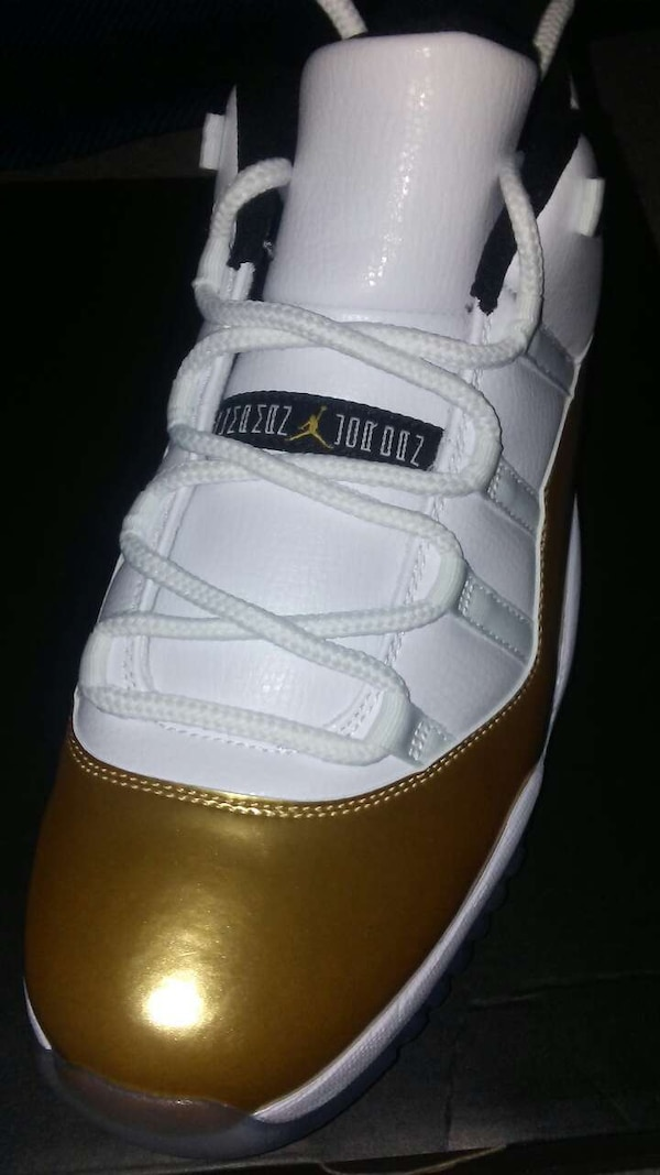 huge selection of 113e4 8c8b8 gold jordan 11. size 12. 350 new in the box!!!!