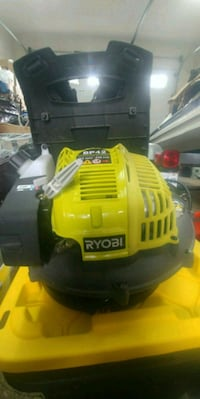 Ryobi pb42 back pack blower like new Surrey, V3V 3N8