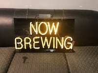 Now brewing neon light  Los Angeles, 90026