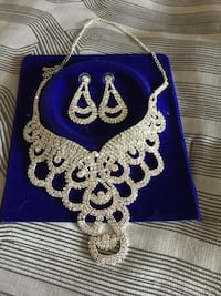 BRAND NEW Necklace and Earrings $40 Vaughan, L4L 6P9