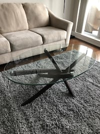 Modern glass coffee table  Oakville, L6M 2V4