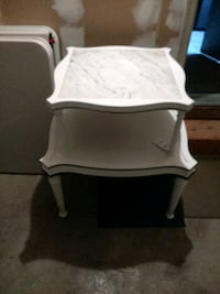 Vintage two tier marble table East Islip, 11730