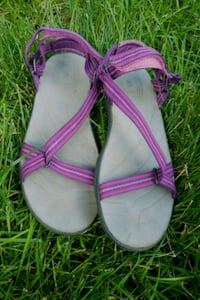 Girls purple sandals size 3 West Des Moines, 50265