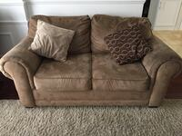 Beige sofa and love seat Laval, H7K