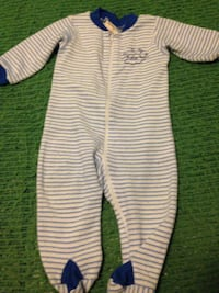 Toddler's white and blue striped blanket sleeper size 18 months in very excellent condition  Winnipeg, R2K 2C6