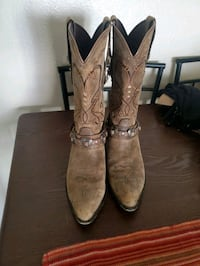 Cowgirl boots  Rosamond, 93560