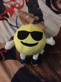 Emoji Plush Dundalk, 21222