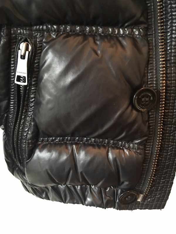 8def57b31 1/4. 1/4. Tap to see more pictures. Swipe to see more info. Authentic  BURBERRY KIDS JACKET size 5 black burberry puffer